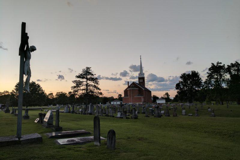 Winda pogrzebowa – nowoczesny, godny pochówek